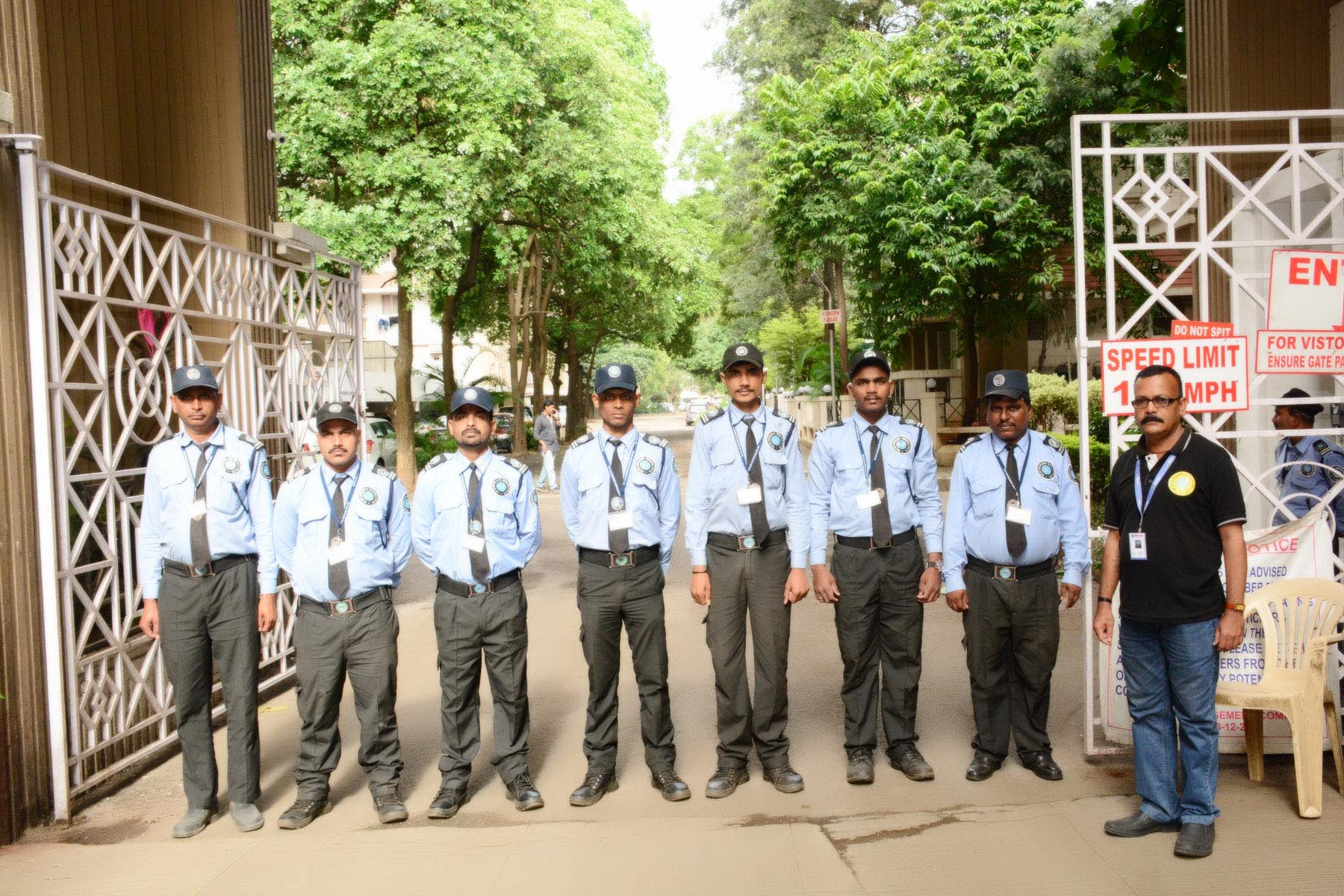 Advantages of Hiring Uniformed Security Personnel